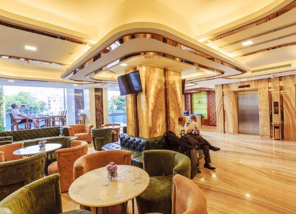 Lobby Lounge & Cafe